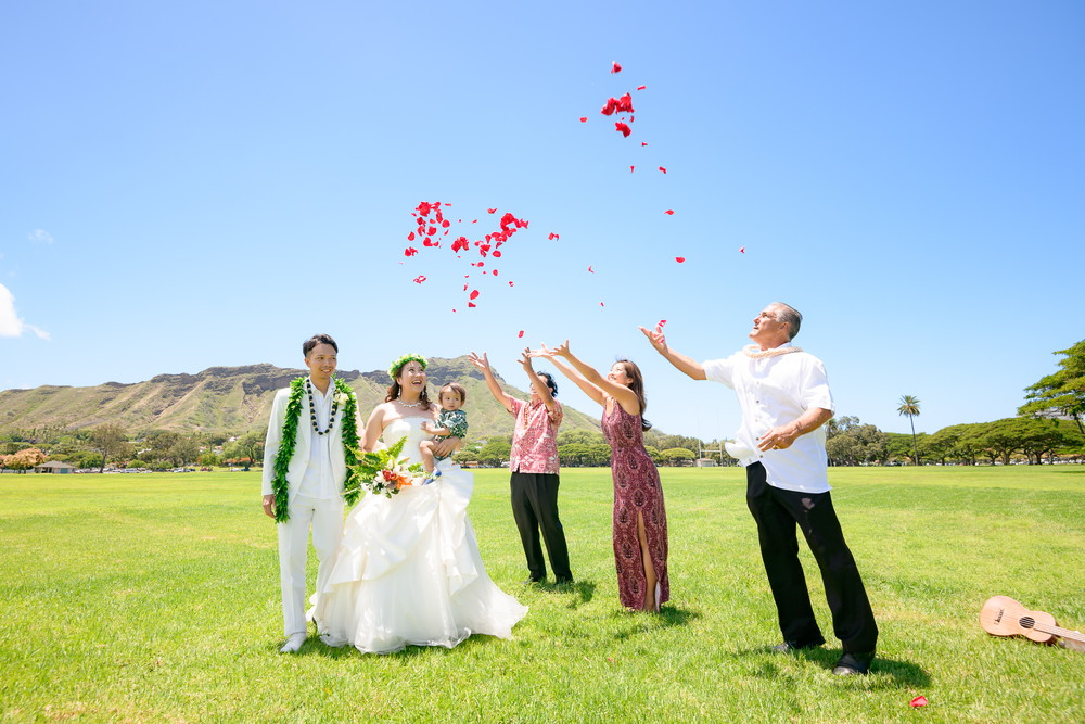 ハワイ カピオラニパークで挙式