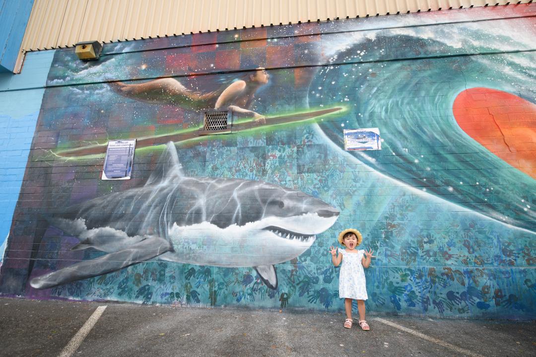 ハワイのインスタ映えスポットカカアコウォールアートで・・・