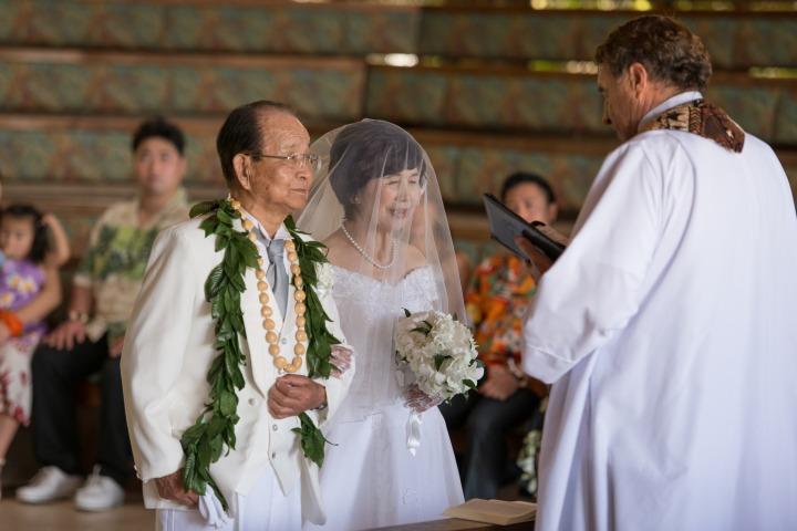 結婚60周年のダイヤモンド婚式! ~キャルバリー バイ ザ シー教会~